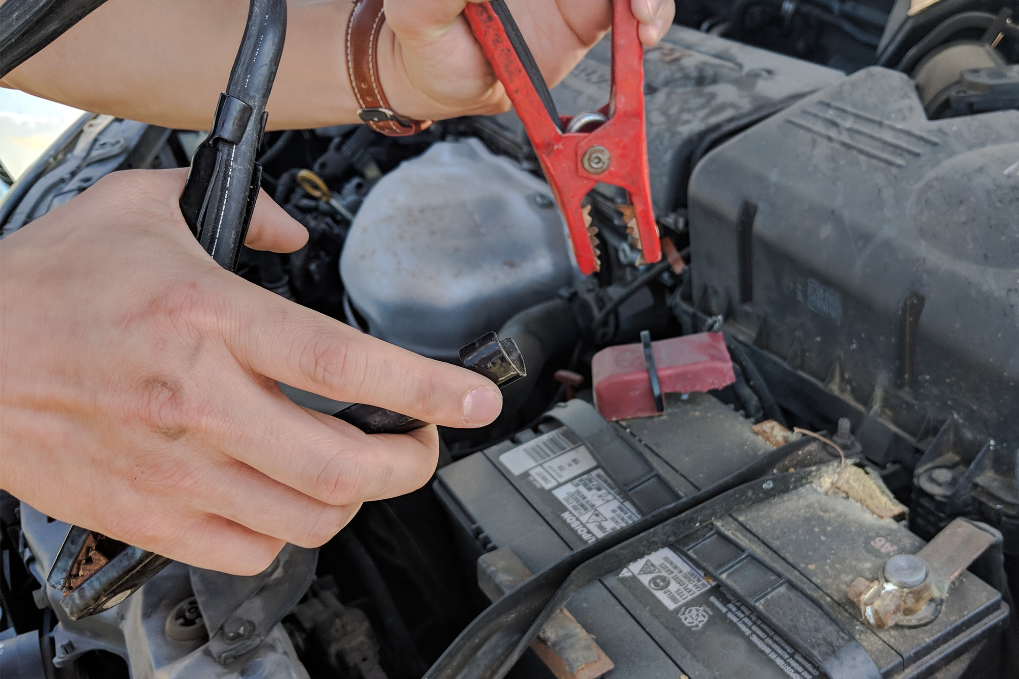 How to Jump a Car Without Jumper Cables | Capital One Auto