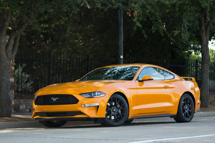 2018 Ford Mustang Gt Vs Ecoboost Review Capital One Auto
